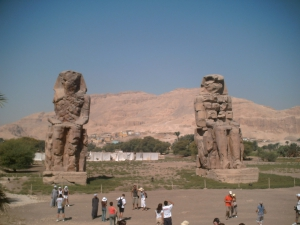 Колоссы Мемнона (Colossus of Memnon, el-Colossat, es-Salamat)